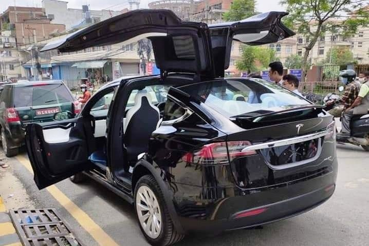 Tesla spotted in Nepal
